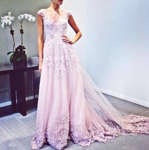 дымчато-фиалковый цвет свадебного платья свадьба 2017