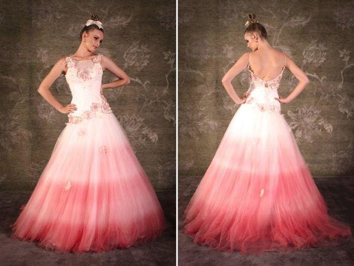 свадебный цвет свадебное платье красный кирпич