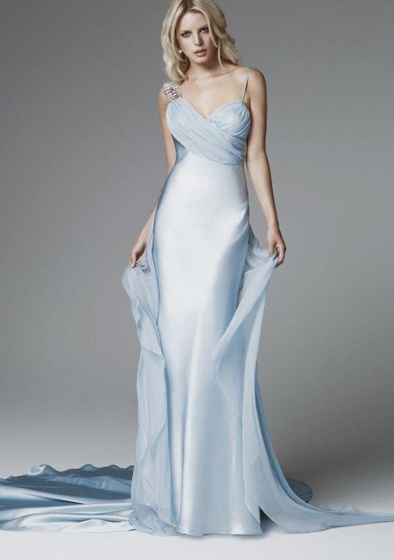 нежно-голубой цвет свадебного платья модные цвета 2017